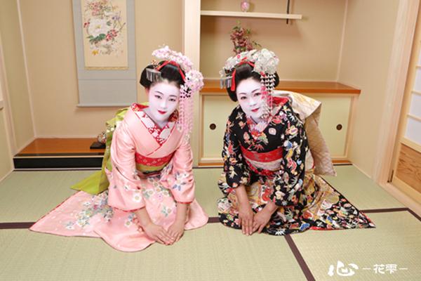 京都で母娘の舞妓体験
