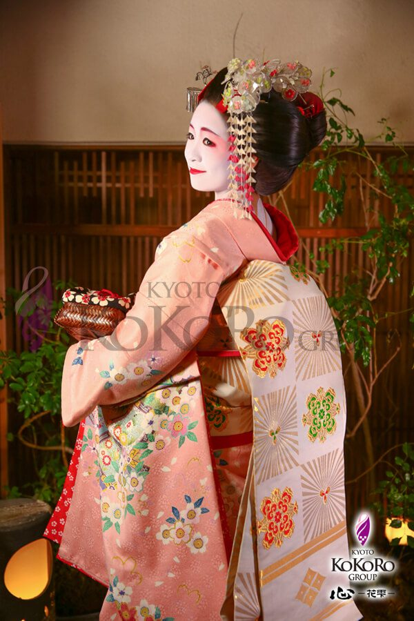 京都のフォトジェニックスポット心花雫で舞妓体験